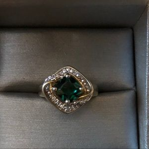 Natural 3.0 TCW Green Emeralds Diamond Halo Ring